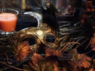 ハロウィンの仮装で使う仮面の写真・画像素材[4913584]