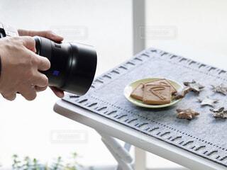 テーブルフォトの手持ち撮影レッスンの写真・画像素材[4920972]