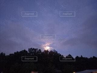 自然,風景,空,雲,夕焼け,月,神秘的,キャンプ場,夕空
