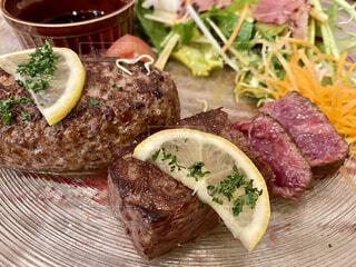 食べ物,食事,フード,野菜,ステーキ,ファストフード,飲食,子牛の肉