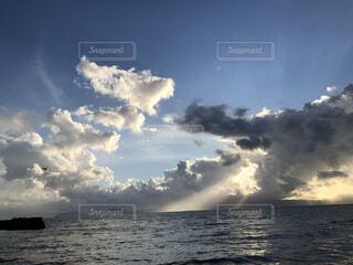 海と雲の写真・画像素材[4867235]