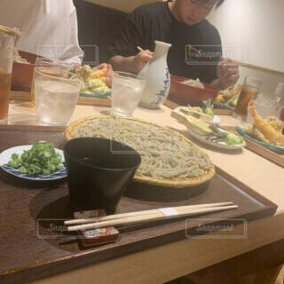 食べ物,食事,ディナー,フード,テーブル,人物,人,ファストフード,飲食