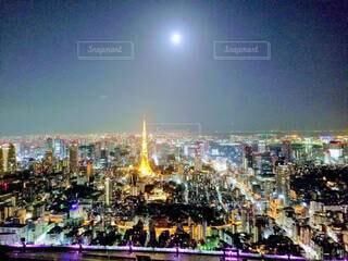 夜の都会の眺めの写真・画像素材[4890423]