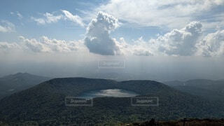 湖と雲の写真・画像素材[4867946]