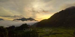 雲海の夕焼けの写真・画像素材[4877971]