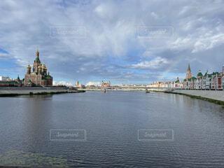 可愛い街と虹の写真・画像素材[4869870]