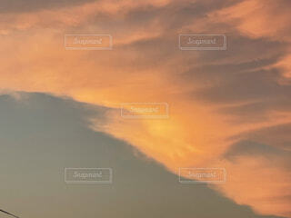空の雲の写真・画像素材[4875825]