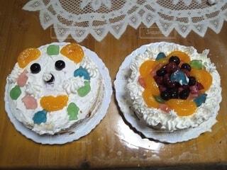 食べ物,ケーキ,食事,屋内,フード,デザート,誕生日ケーキ,菓子,飲食,デコレーションケーキ,酪農,シュガーケーキ,ベーキング,トルテ
