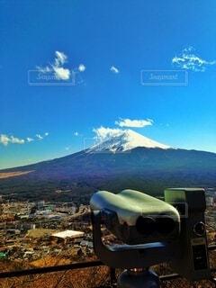 望遠鏡と富士山の写真・画像素材[4880533]