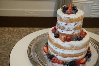 一生に一度のウエディングケーキの写真・画像素材[4868878]