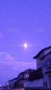 空,屋外,夕暮れ,月,街路灯
