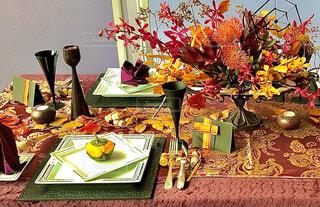 秋の食事会の写真・画像素材[4874228]