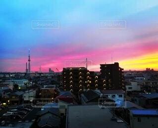 空,建物,屋外,雲,夕暮れ,高層ビル