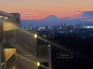 夕焼け富士山の写真・画像素材[4874699]