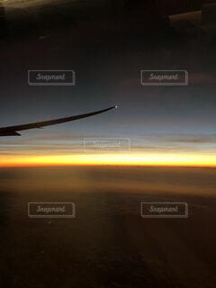 夜明けの空の写真・画像素材[4876313]