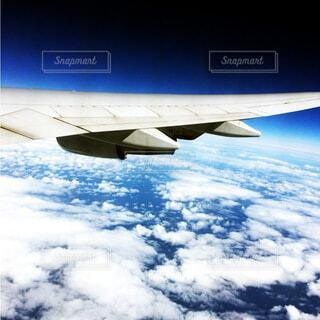 空の上の異空間の写真・画像素材[4877538]