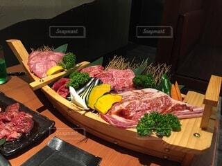 食べ物,食事,ディナー,屋内,フード,テーブル,果物,野菜,料理,木目,飲食