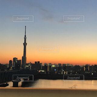 夕焼けとスカイツリーの写真・画像素材[4882464]