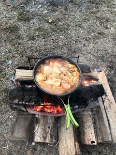 食べ物,屋外,鍋,暖炉,キャンプ飯,フライパン,バーベキューグリル,屋外のグリル