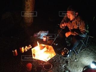 人物,人,キャンプ,焚き火
