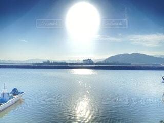 自然,風景,空,屋外,湖,ビーチ,雲,ボート,青空,青,幻想的,水面,山