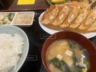餃子定食の写真・画像素材[4907019]
