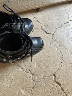 黒,ブーツ,地面,厚底,履物