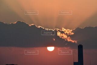 空,屋外,太陽,雲,夕暮れ,山,日の出