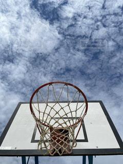 空,スポーツ,屋外,バスケットボール,明るい,アスレチック,バスケットゴール,スポーツ用品