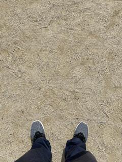 靴,屋外,砂,人物,外,人,地面,スニーカー,履物