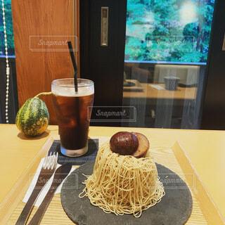 食べ物,屋内,デザート,テーブル,カップ,菓子,ファストフード,ソフトド リンク