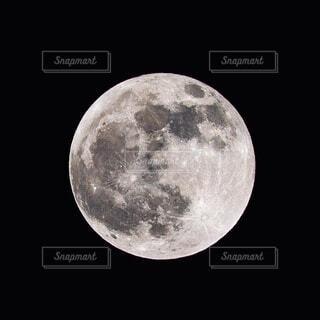 自然,風景,空,秋,夜,うさぎ,夜空,黒,反射,光,月,神秘的,団子,満月,宇宙,魔法,クレーター,月見,餅つき,狼,神話,宇宙船,ウサギ,スペースシャトル,月面,お月見,名月,引力,宇宙飛行士,宇宙旅行,天文学,サイヤ人,月面着陸