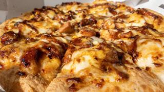 食べ物,屋内,チーズ,ファストフード,ピザ