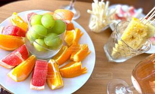 食べ物,デザート,テーブル,果物,野菜,皿,レモン,甘い,おいしい,ホームパーティー,ファストフード,マスカット,バナナ
