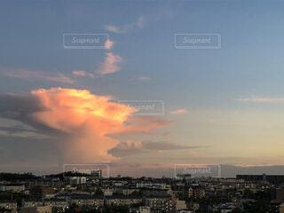 自然,風景,空,屋外,太陽,雲,夕焼け,夕暮れ,高層ビル,眺め