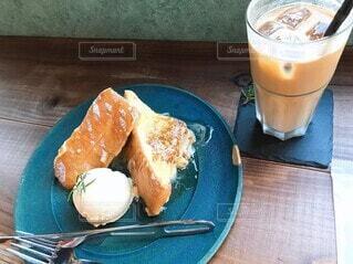 食べ物,コーヒー,ジュース,パン,デザート,テーブル,皿,カップ,おいしい,菓子,レシピ,ファストフード,ソフトド リンク
