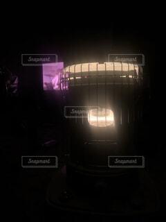 ストーブの炎の写真・画像素材[4944743]