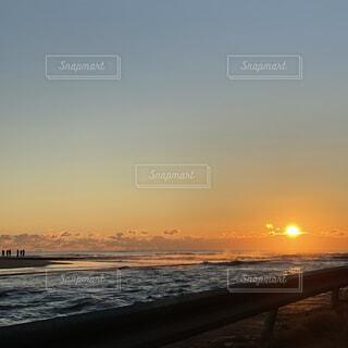 自然,海,空,屋外,太陽,ビーチ,雲,夕暮れ,水面,日の出