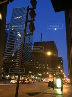 自然,風景,空,建物,夜,夜空,屋外,青,アメリカ,都会,月,高層ビル