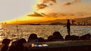 雲,夕焼け,夕暮れ,釣り,フィッシング,釣り場,テトラ