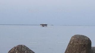 海,空,屋外,船,水面,港,船舶,UFO,水上バイク,未確認物体