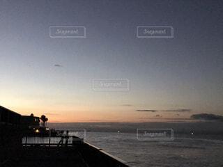 風景,海,空,屋外,雲,水面,桟橋,釣り,明石海峡大橋,明石海峡,フィッシング,夜釣り