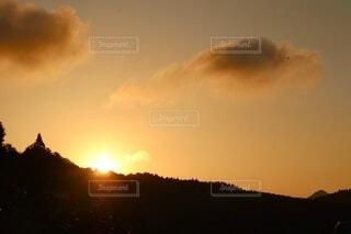 自然,風景,空,屋外,太陽,雲,山,朝焼け,日の出
