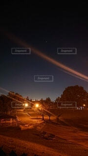 空,公園,夜,屋外,影,星,街灯