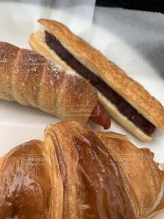 食べ物,食事,朝食,パン,デザート,皿,クロワッサン,おいしい,あんこ,菓子,ウインナーパン