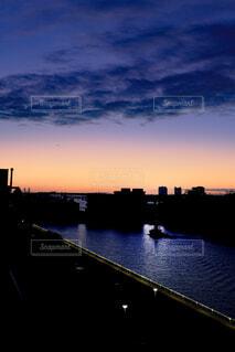 風景,海,空,屋外,舟,雲,船,川,水面,朝焼け,都会,高層ビル