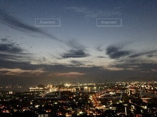 風景,空,夜,屋外,雲,夕暮れ,都会,高層ビル,たくさん