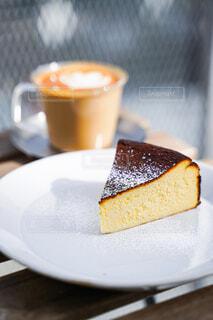 食べ物,ケーキ,コーヒー,パン,テーブル,皿,カップ,おいしい,ドリンク,チーズケーキ,菓子,コーヒー カップ