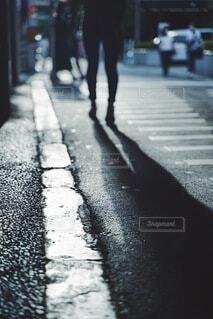 風景,雨,屋外,道,歩道,地面,通り,履物
