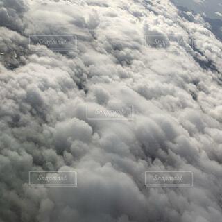 自然,風景,空,屋外,白,雲,飛行機,空中,雲の上,くもり,フライト,日中
